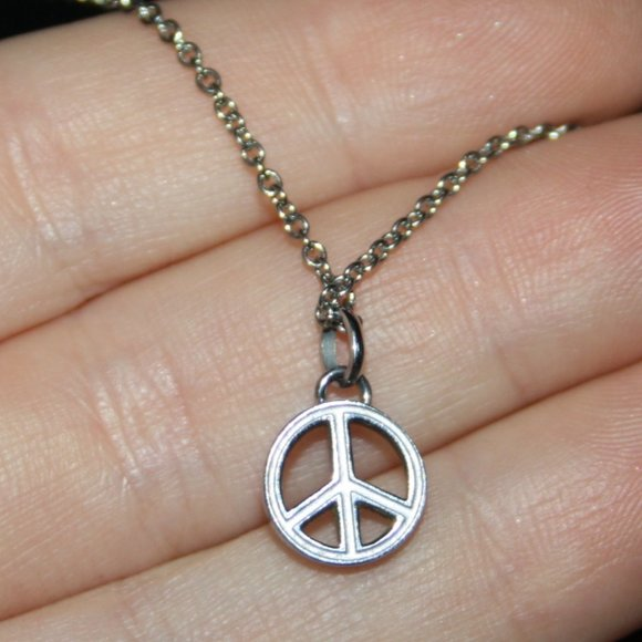 """Dainty silver peace sign necklace 18"""""""